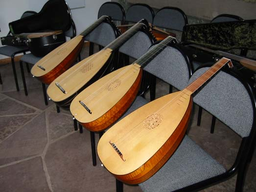 lutes by Jönsson